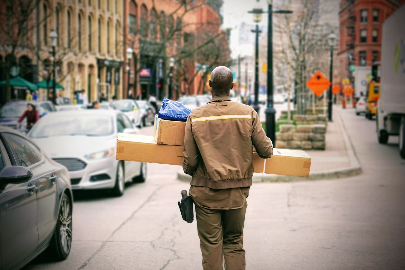 What's Right for My Business: Dropshipping, 3rd Party Logistics or Self-fulfilment?